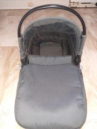 carro bebe + masicosi súper bien cuidado y limpio
