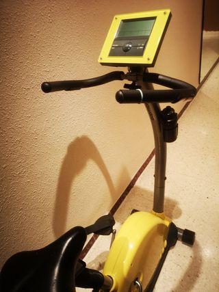 bicicleta estática boomerang