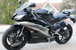Yamaha R6-R