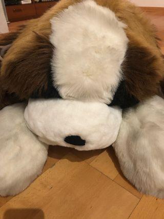 Peluche Perro Gigante