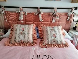 Cabecero de cama.