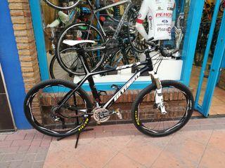 Bicicleta BH CARBONO talla S ruedas 26