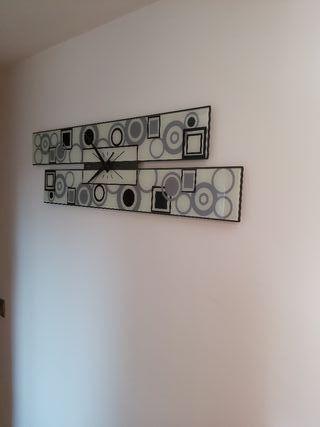 Reloj moderno de pared de cristal