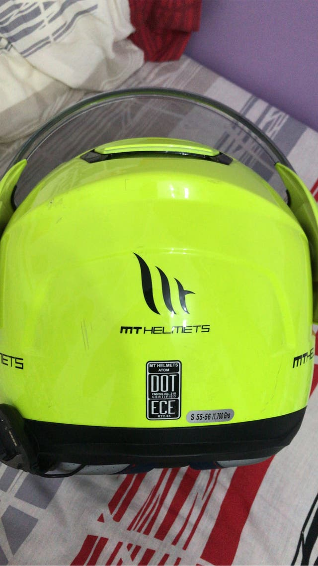 mt helmets casco S