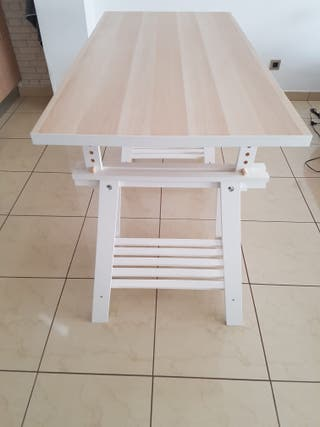Caballetes y tabla IKEA