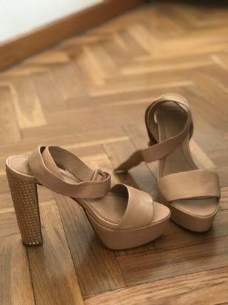 Sandalias nude tacón glitter