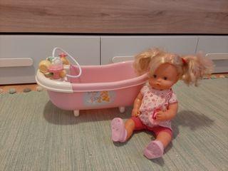 Nenuco con bañera