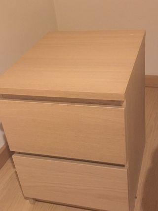 Mesa de noche Ikea Malm
