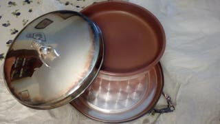 Vajilla suquet de barro y cubierta de plata