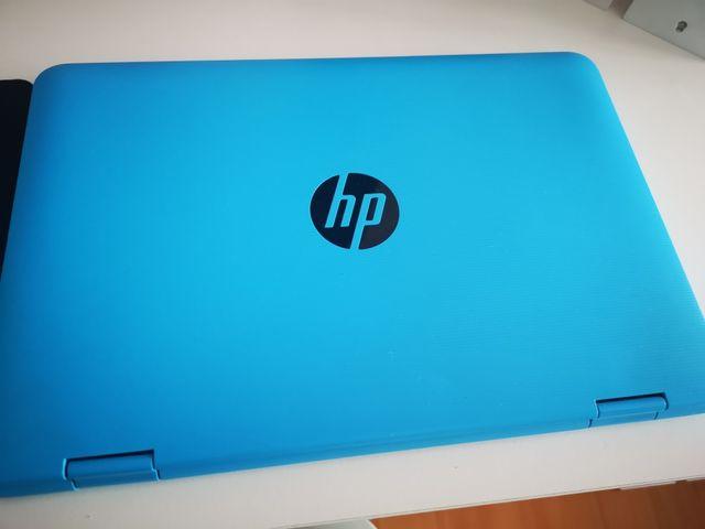 Ordenador portatil hp convertible en tablet.
