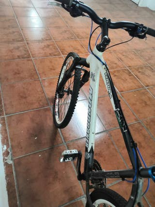 Bicicleta Mondraker ventura pro
