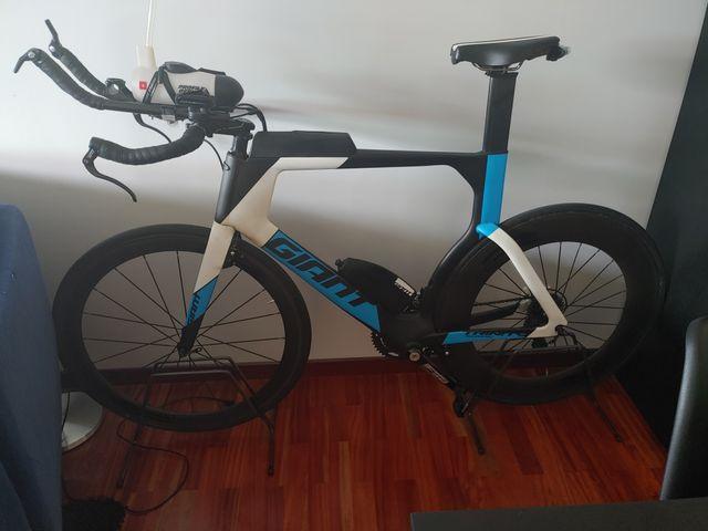 bicicleta triatlón contrarreloj
