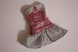 Vestido sin marcar válida para muñeca Barbie