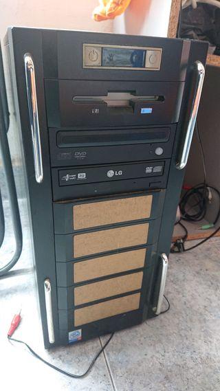 Torre ordenador Lg precio negociable