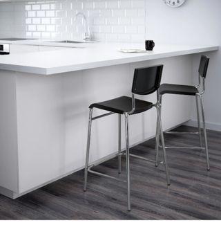 2 taburetes Ikea
