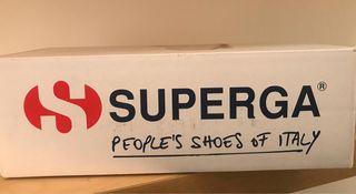 Zapatillas Súperga nuevas
