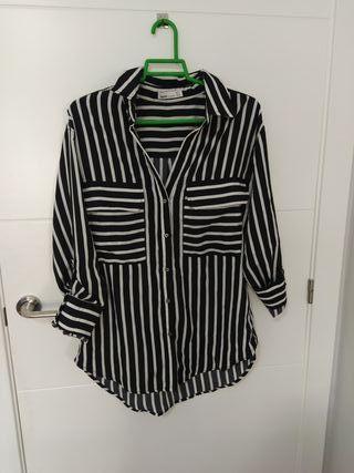 camisa a rayas de manga larga