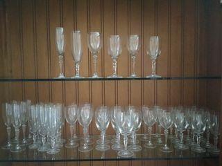 Cristalería 6 comensales con 50 copas