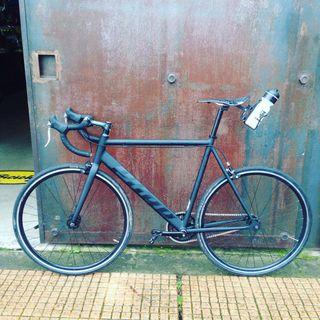 Bicicleta con cuadro PURE FIX