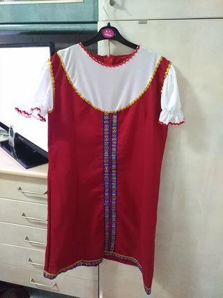 Disfraz niña rusa. talla 14-16 o S. usado una vez