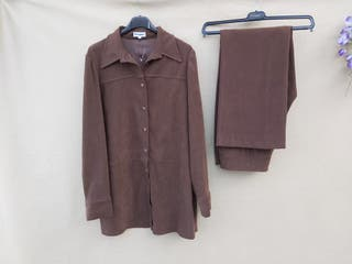 Conjunto mujer de camisa y pantalón El Corte Inglé