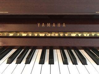 Yamaha Piano M1J D3188485