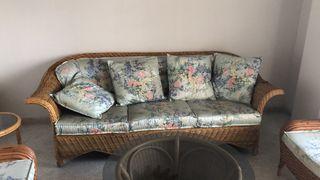 Sofa de mimbre nuevo