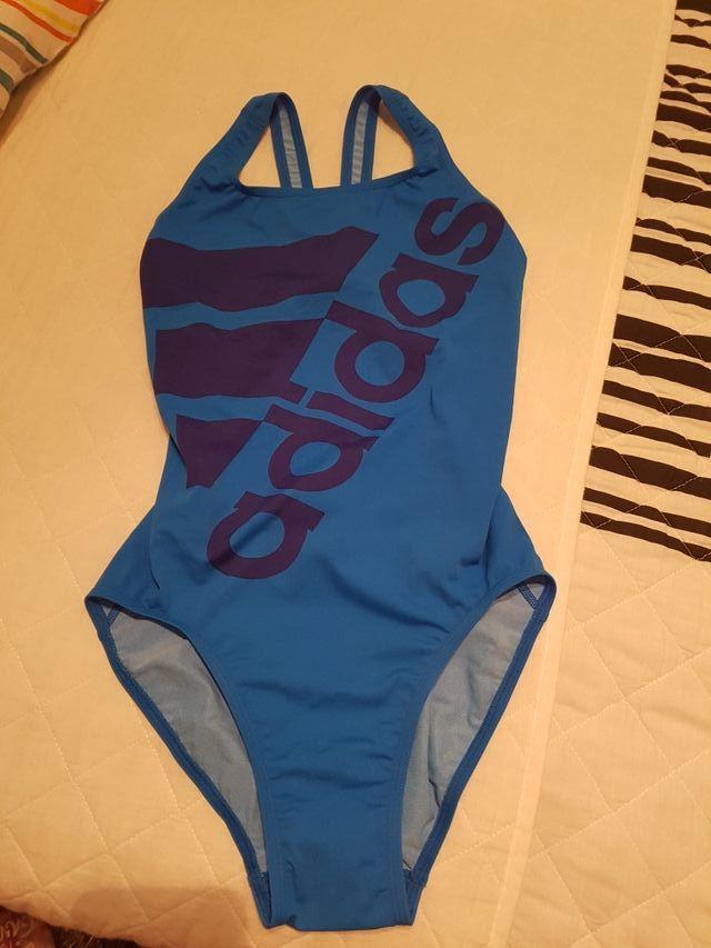 Bañador piscina adidas