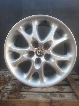 Llanta de Aluminio Alfa Romeo 15 pulgadas