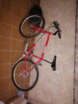 bicicleta globe troner