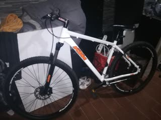"""bicicleta de montaña KTM 29"""""""