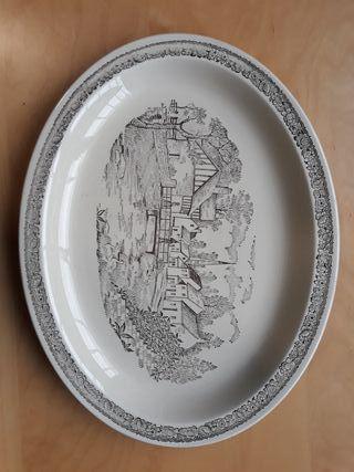 fuente de porcelana antigua Vargas-Segovia