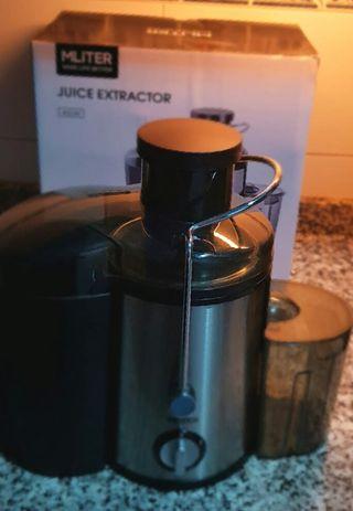 Extractor de xumo y verduras.
