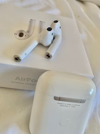 AirPods audífonos para iPhones (nuevos)