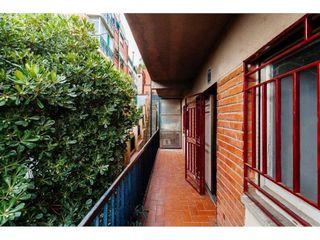 Piso en venta en La Font d'en Fargues en Barcelona