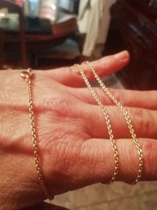 cadena clásica, oro bajo de 9 kl