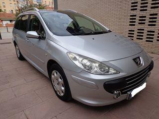 """Peugeot 307 1.6 """"7 plazas"""" 2007"""
