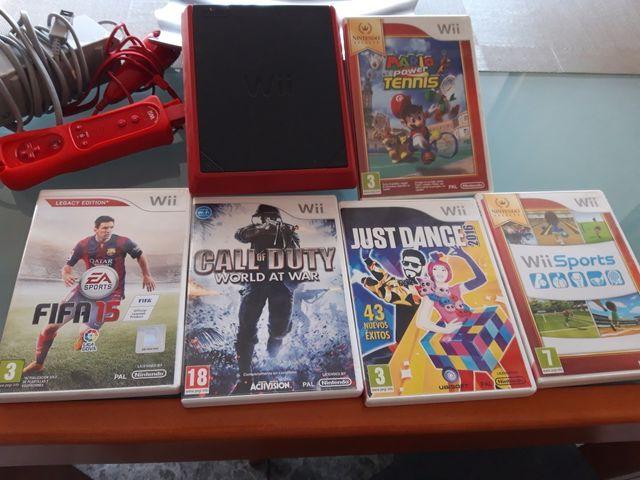 Nintendo Wii mini + 5 juegos