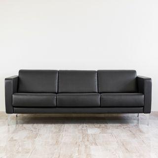 Conjunto Sofa 3 y 1 plaza de diseño polipiel negra