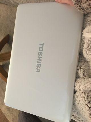 TOSHIBA laptop.