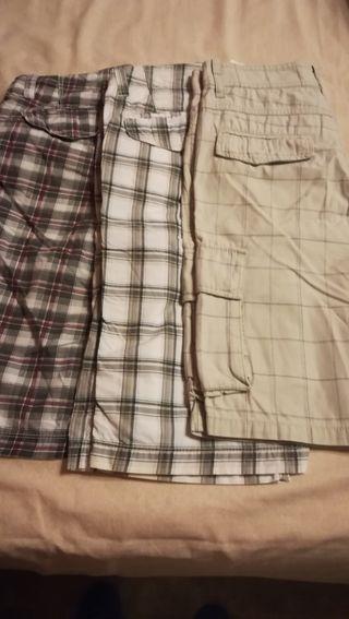 Pantalones bermudas