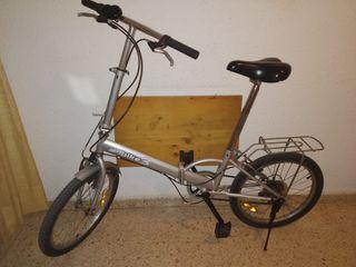 Bicicleta plegable con marchas.