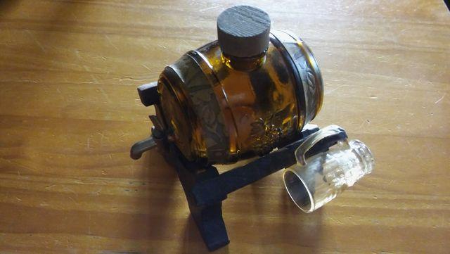 Barril para licor de cristal con 2 vasos