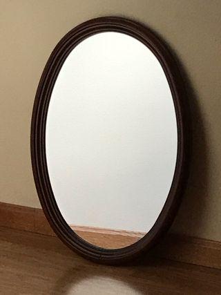 Espejo de pared ovalado