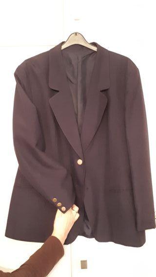 Falda-pantalón;Blusa y Americana-Blasier-Chaqueta