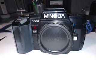camara de fotos analogica MINOLTA 7000 AF con obje