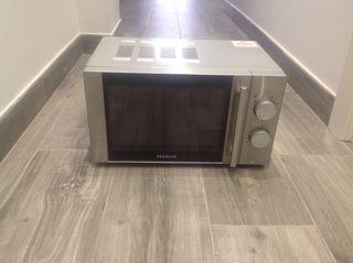 Microondas luxus grill Taurus
