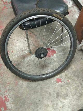 se vende rueda trasera de bicicleta de montaña