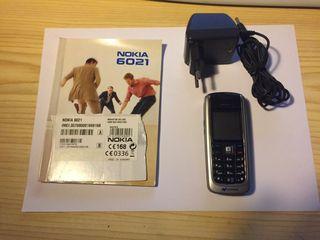 Teléfono móvil NOKIA 6021