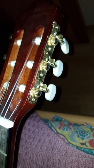 Guitarra niño con funda